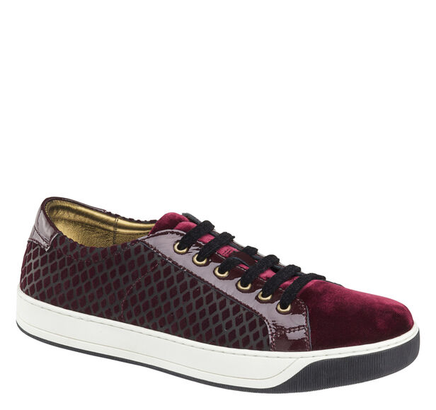 Emerson Lace-up