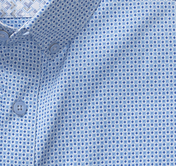 XC4® Boxed Dot Print Short-Sleeve Stretch Shirt
