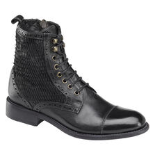 Natalie Boot