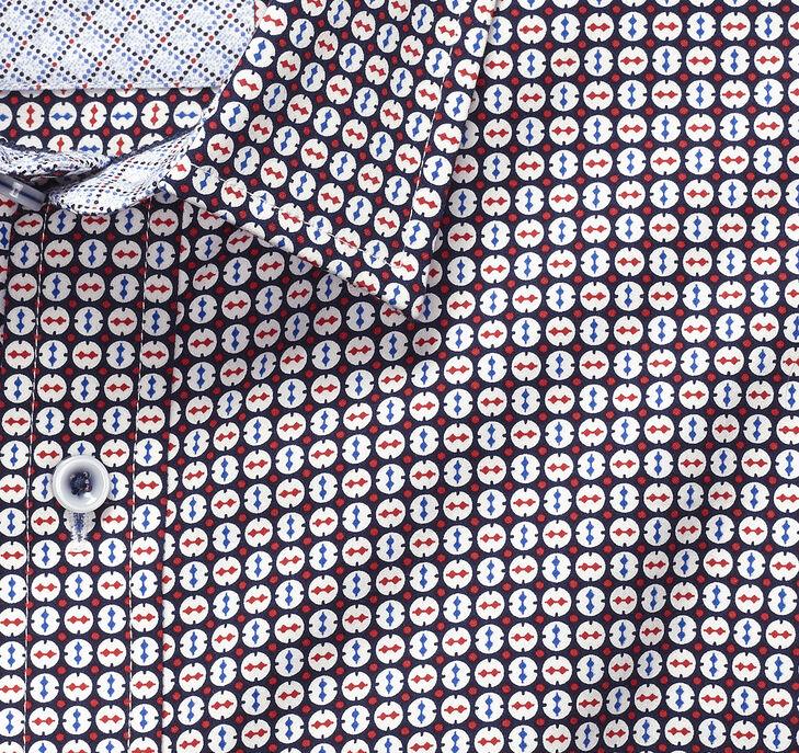 Rotated Circle Print Shirt